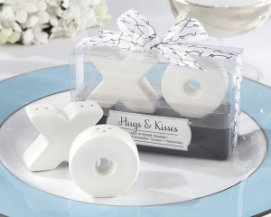 XO Design Hugs and Kisses Salt and Pepper Shakers