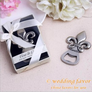 European retro wedding favors fleur de lis design beer bottle opener