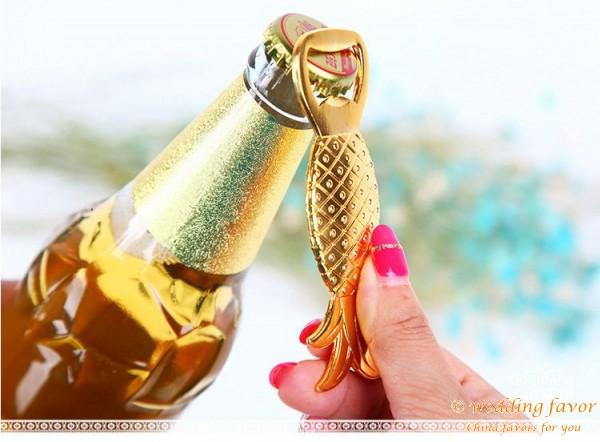 Alloy golden pineapple bottle opener wedding favor