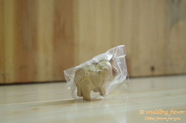 Lucky Golden Elephant Table Decoration Place Card Holder Favor