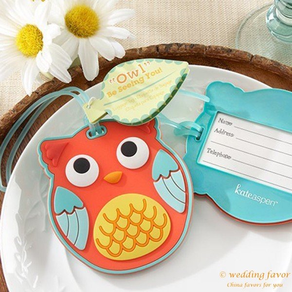 """Owl"" Be Seeing You Rubber Luggage Tag Favor"